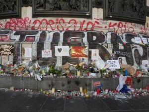 A memorial in Paris commemorates the 132 people who lost their lives in the Friday terrorist attacks on the city.